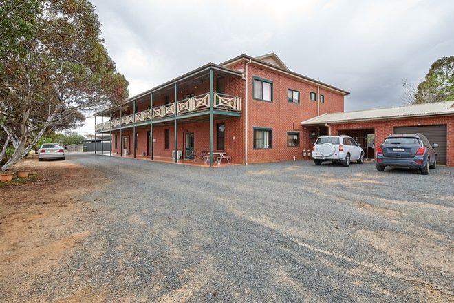 Picture of 4 Vaughan Street, JUNEE NSW 2663
