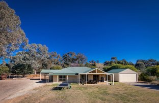 Picture of 159 Himalaya Drive, Table Top NSW 2640