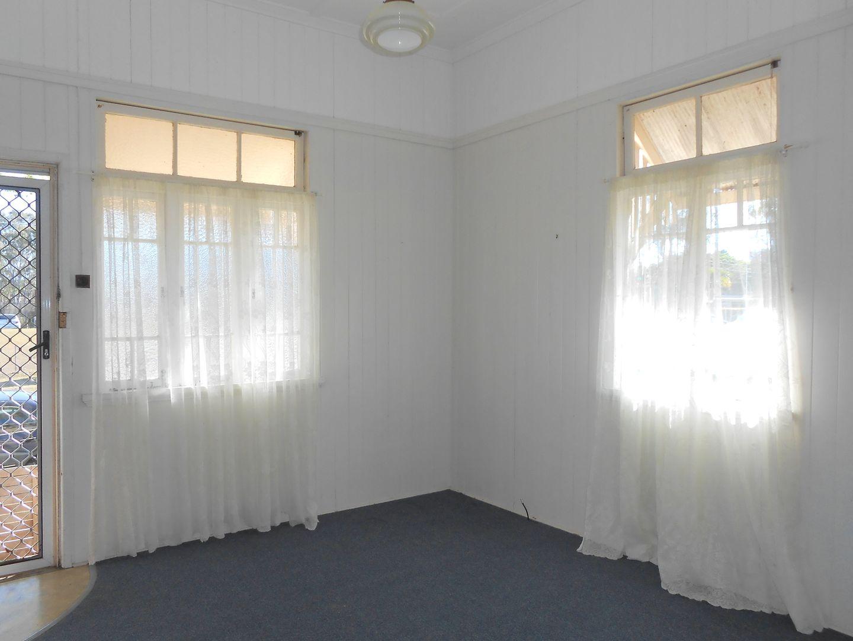 1/141 Brighton Road, Sandgate QLD 4017, Image 2