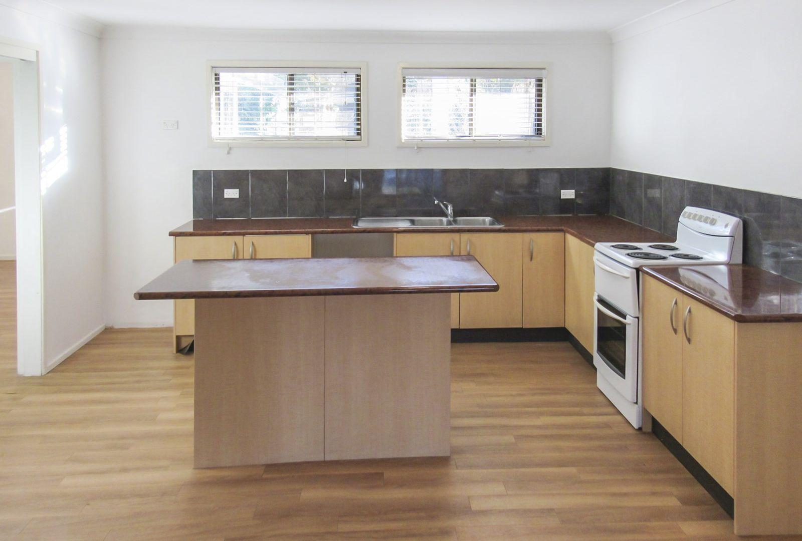 4 Hillcrest Avenue, Tacoma NSW 2259, Image 1