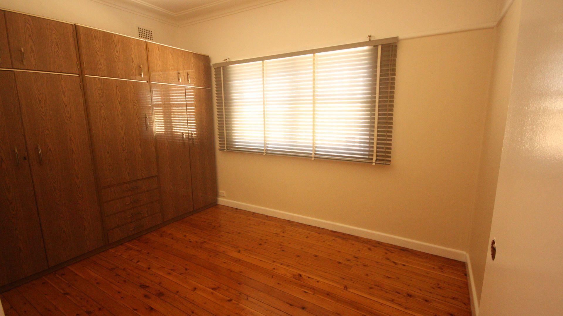9 Hughes Street, Leumeah NSW 2560, Image 1
