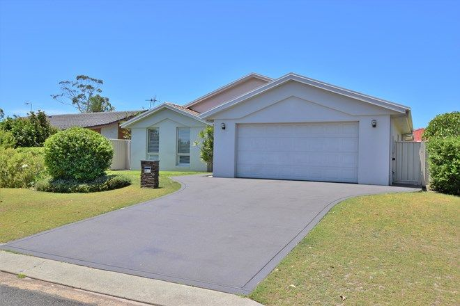 Picture of 21 De Lore Crescent, TUNCURRY NSW 2428