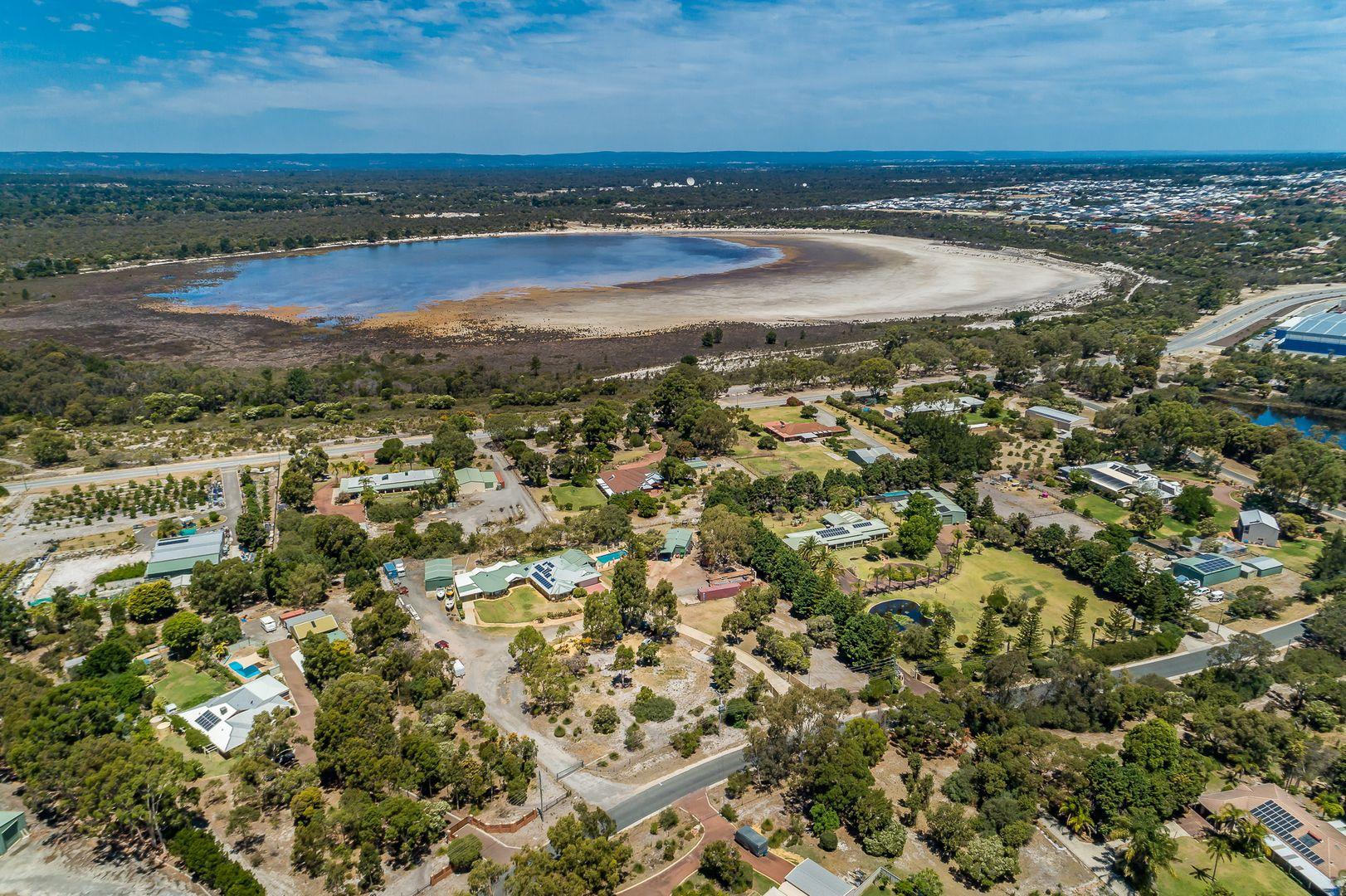 41 Colonial  Circle, Gnangara WA 6077, Image 1