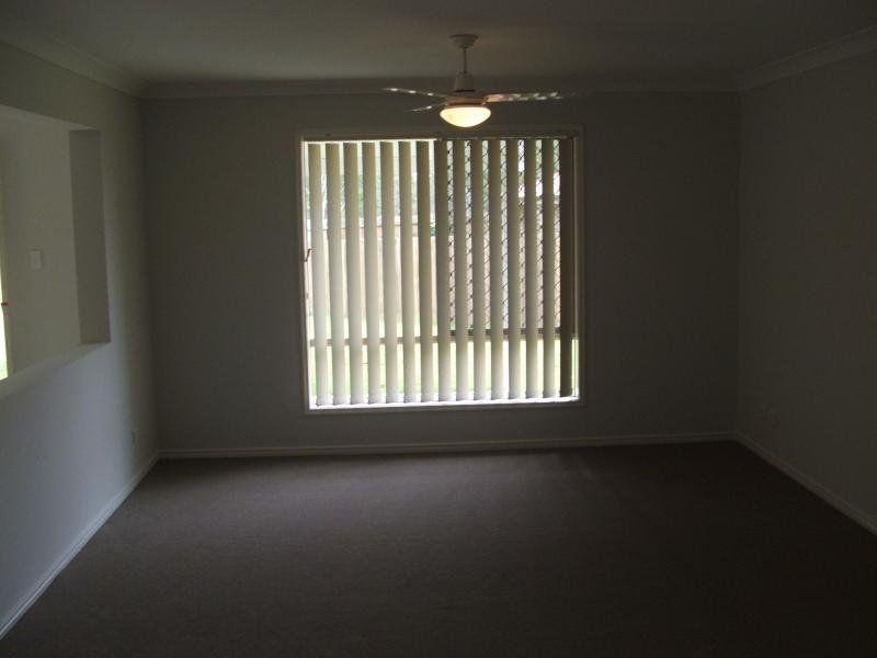 12 Arif Place, Heritage Park QLD 4118, Image 1