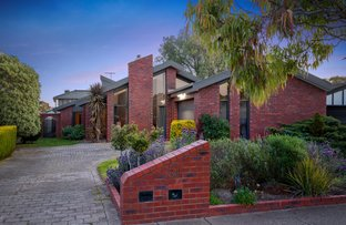 Picture of 31 Prince Albert Crescent, Taylors Lakes VIC 3038
