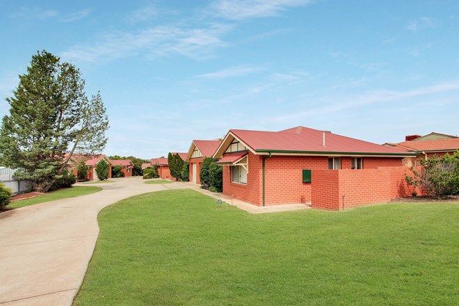Picture of 2 Bamarook Crescent, GLENFIELD PARK NSW 2650