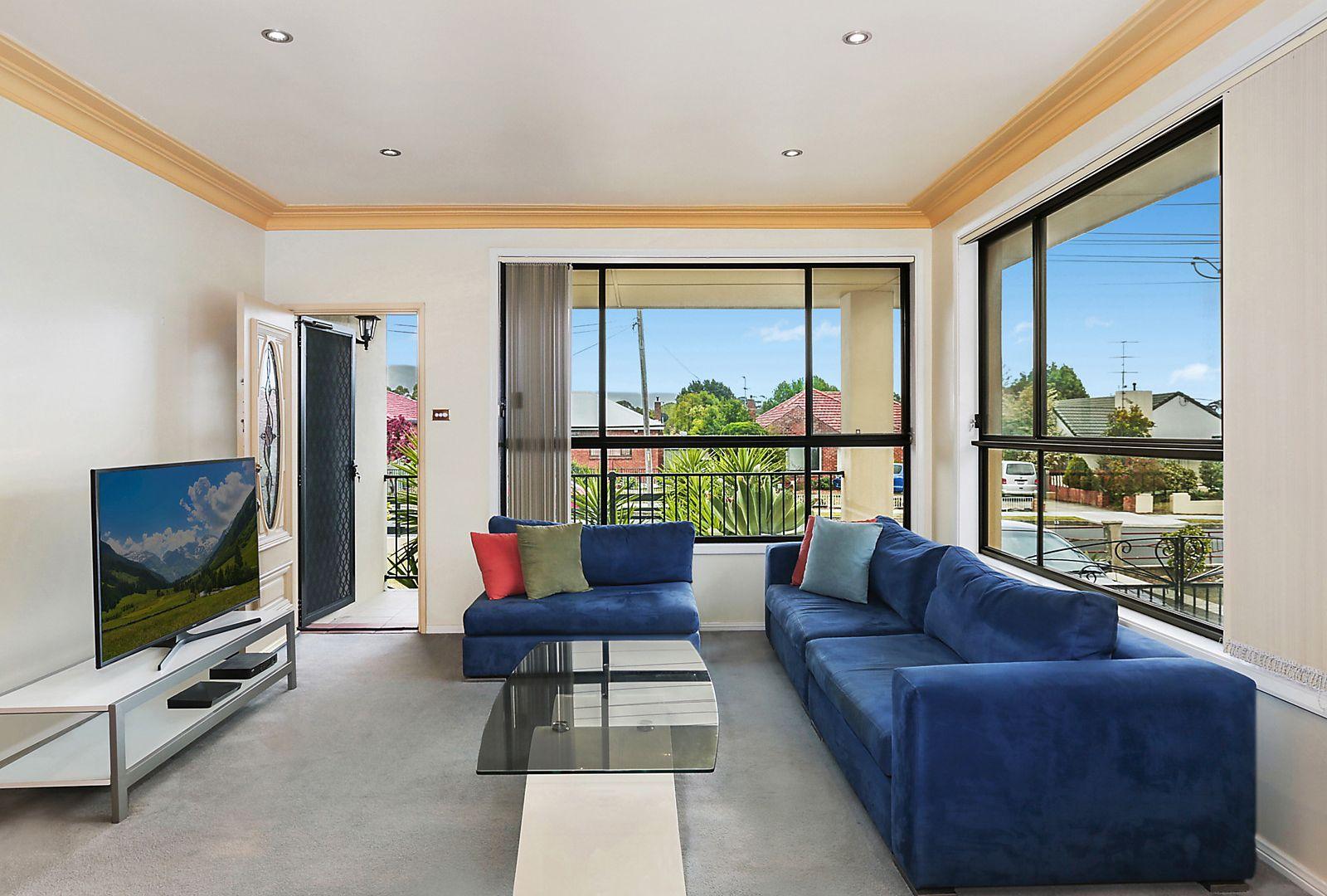 15 Caldwell Avenue, Tarrawanna NSW 2518, Image 2