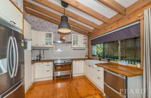 Picture of 5 Seaview  Place, Quinns Rocks WA 6030