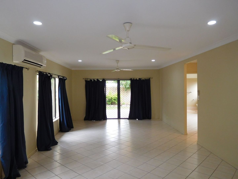 6 Howie Close, Kewarra Beach QLD 4879, Image 1