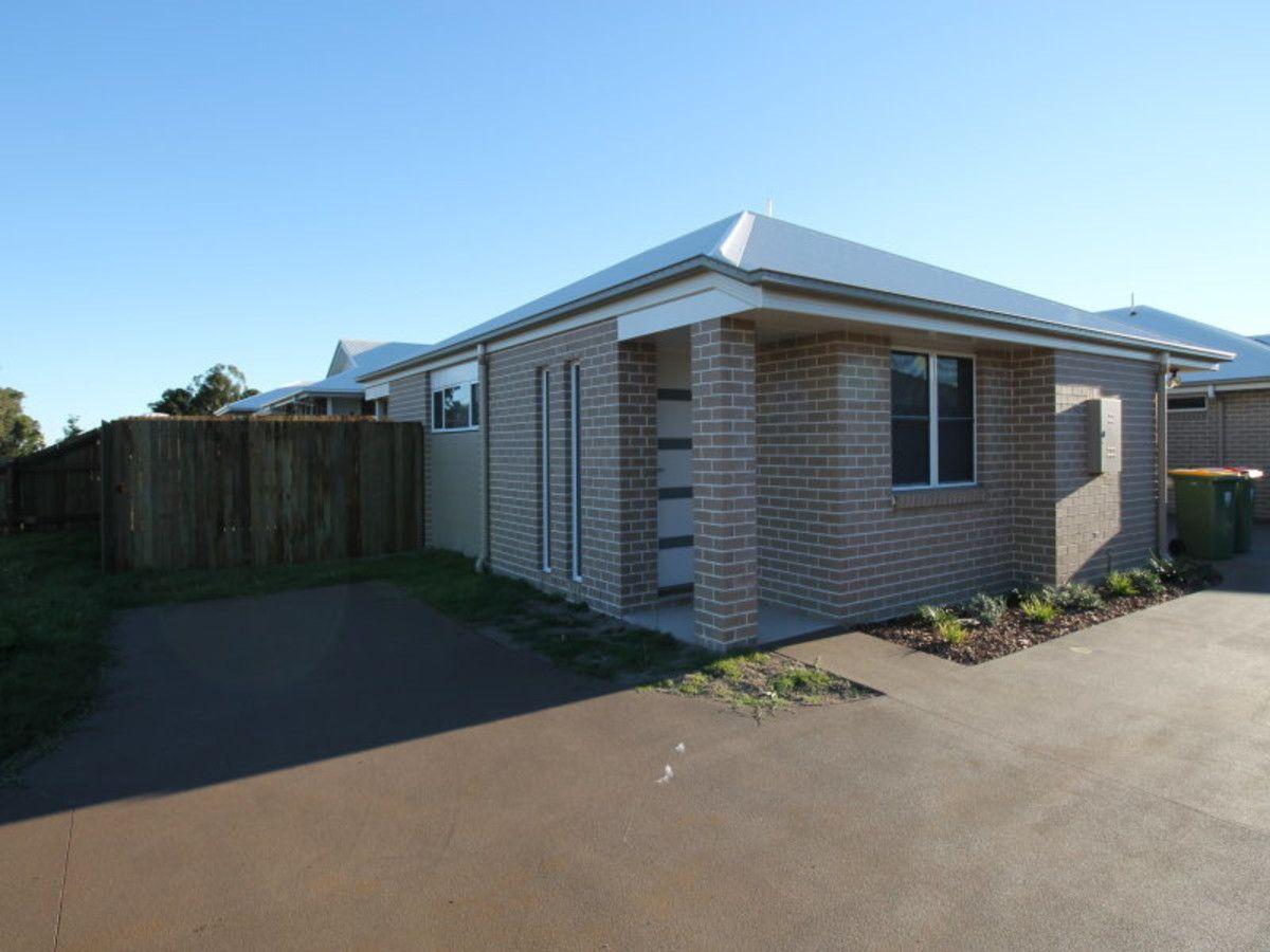 1/231 Greenwattle Street, Cranley QLD 4350, Image 0