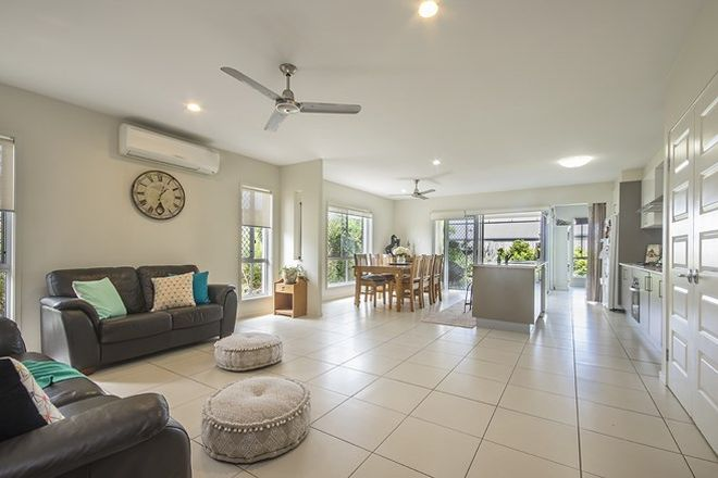 Picture of 8 Goldenbell Place, PEREGIAN SPRINGS QLD 4573