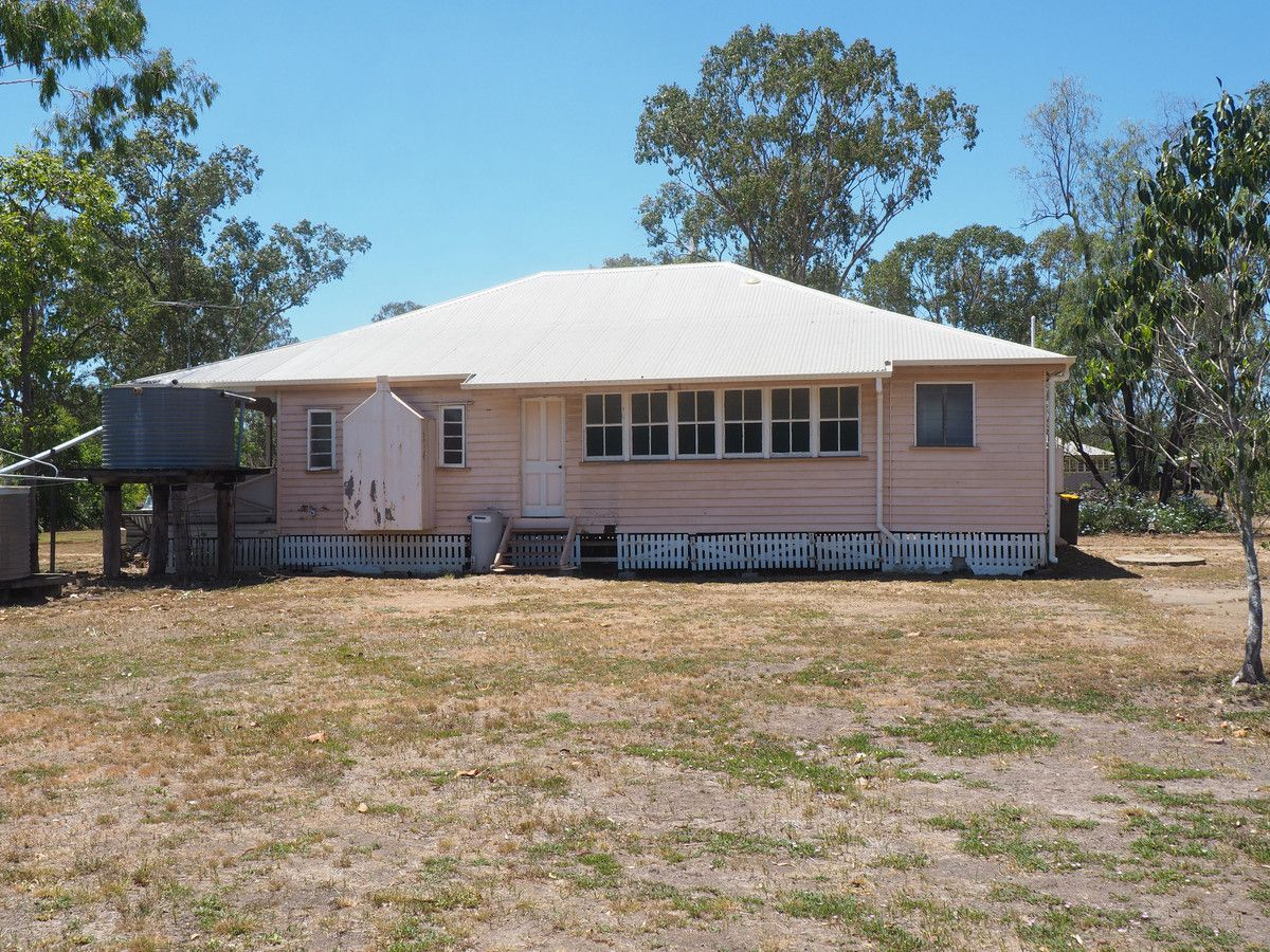 28 Lister Street, Gracemere QLD 4702, Image 2