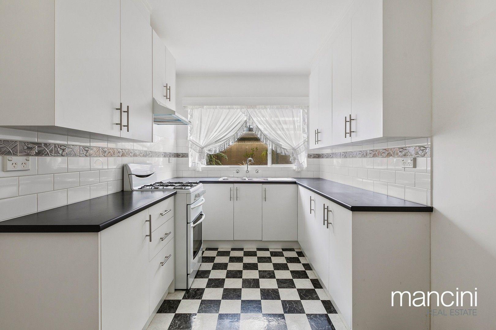 2 bedrooms Apartment / Unit / Flat in 5/83 Railway  Street North ALTONA VIC, 3018