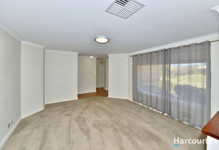 5 Coppercups Place, Halls Head WA 6210, Image 2