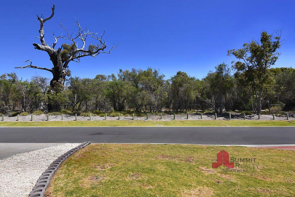9 Waterford Way, Australind WA 6233, Image 2