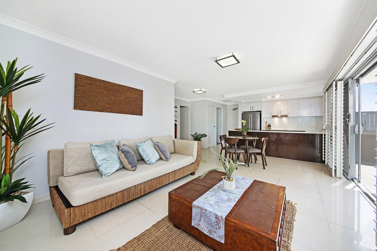2/21 Albatross Avenue, Mermaid Beach QLD 4218, Image 1