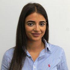 Georgia Kapsimalis, Sales representative
