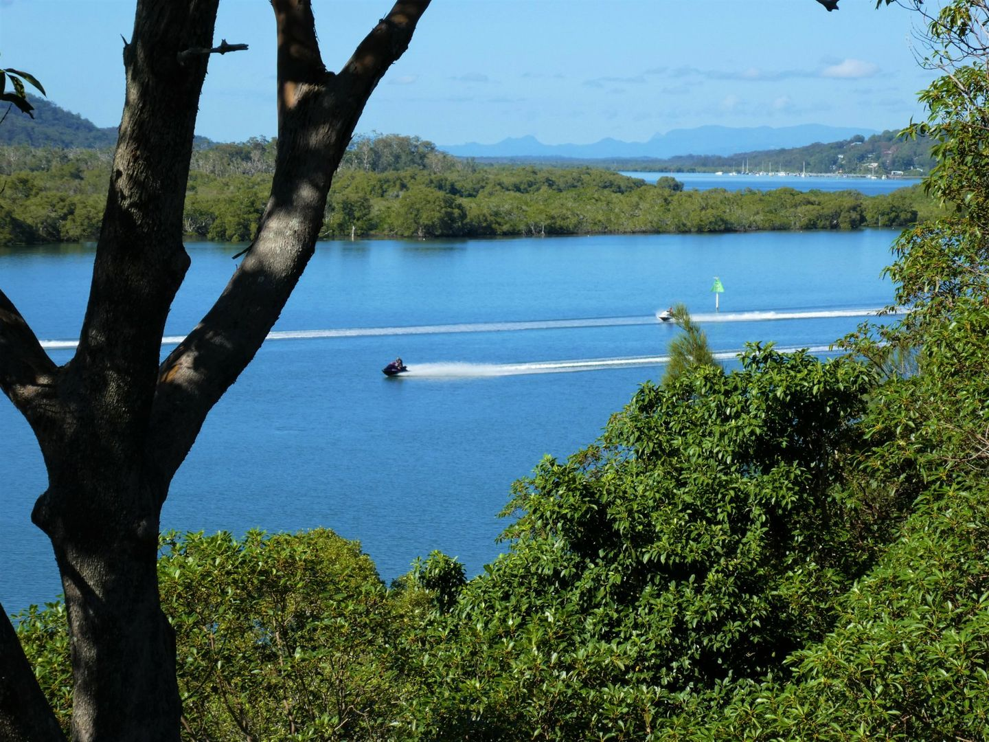 70 Oasis Dve, Russell Island QLD 4184, Image 0