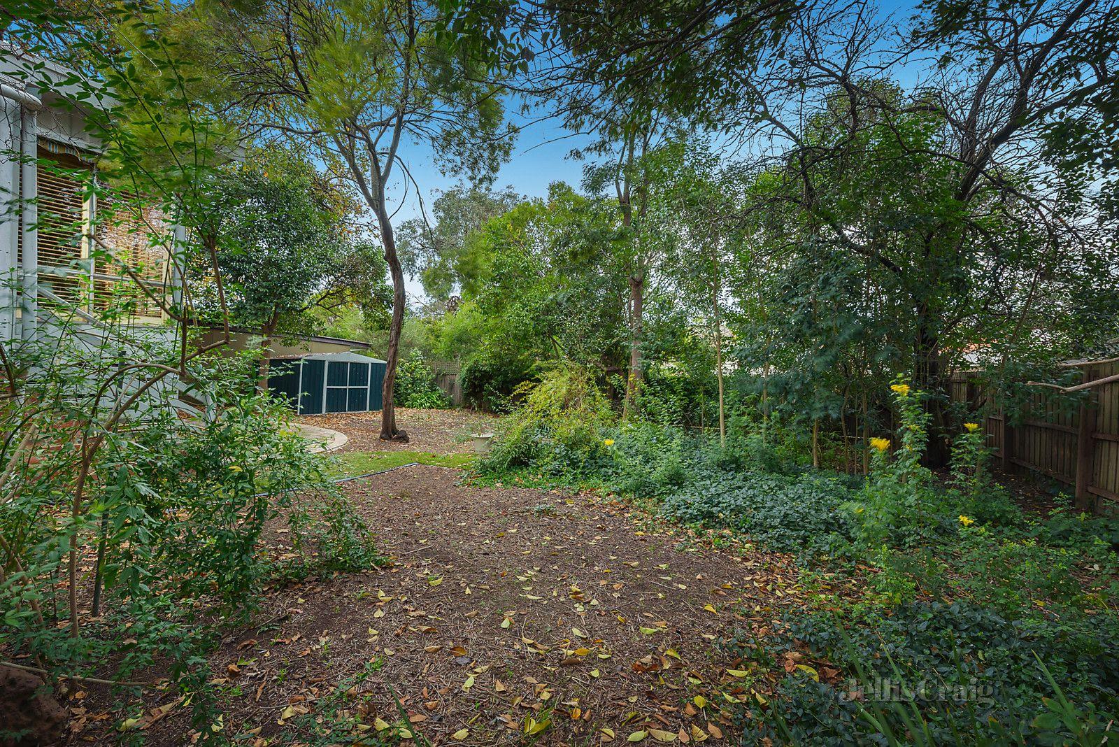 36 Croydon Road, Surrey Hills VIC 3127, Image 2