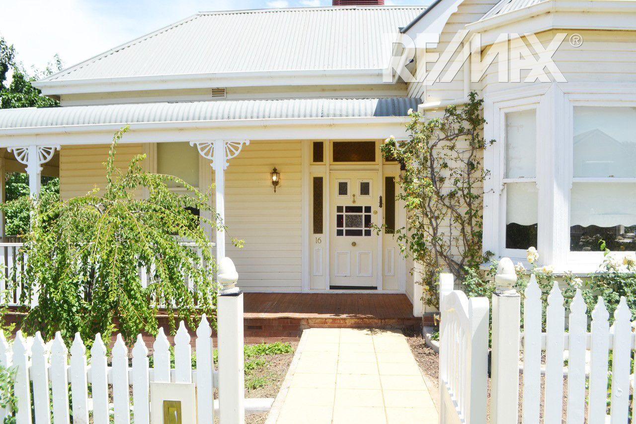 16 Wardle Street, Junee NSW 2663, Image 1