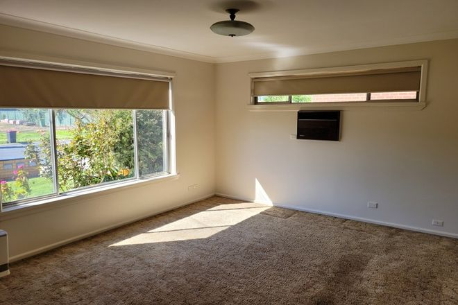Picture of 1/411 Macauley Street, SOUTH ALBURY NSW 2640