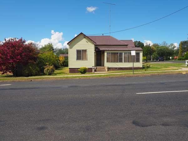 21 Salisbury Street, Uralla NSW 2358, Image 0
