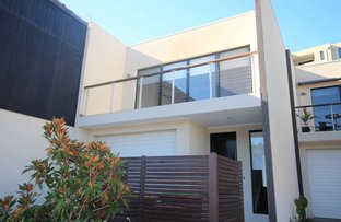 Picture of 46 Lakeside Crescent, Keilor East VIC 3033