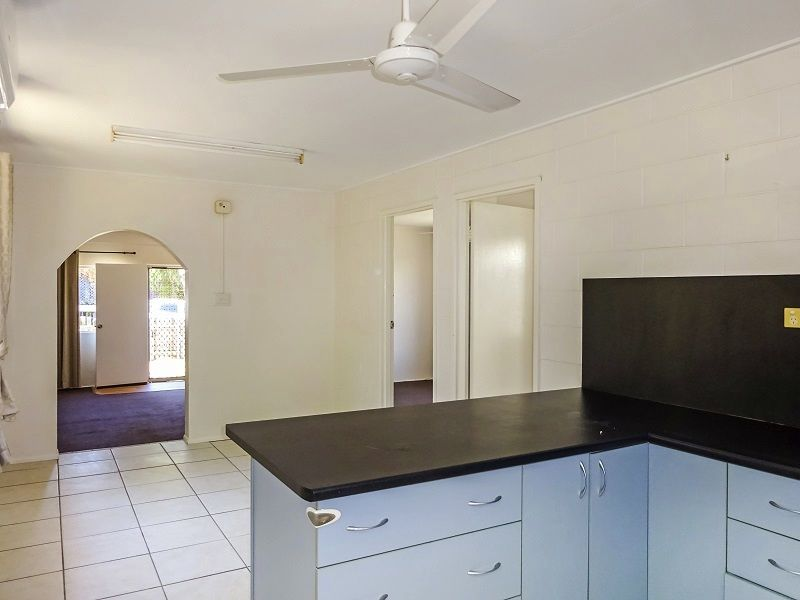 6 Maryvale Street, West End QLD 4810, Image 2
