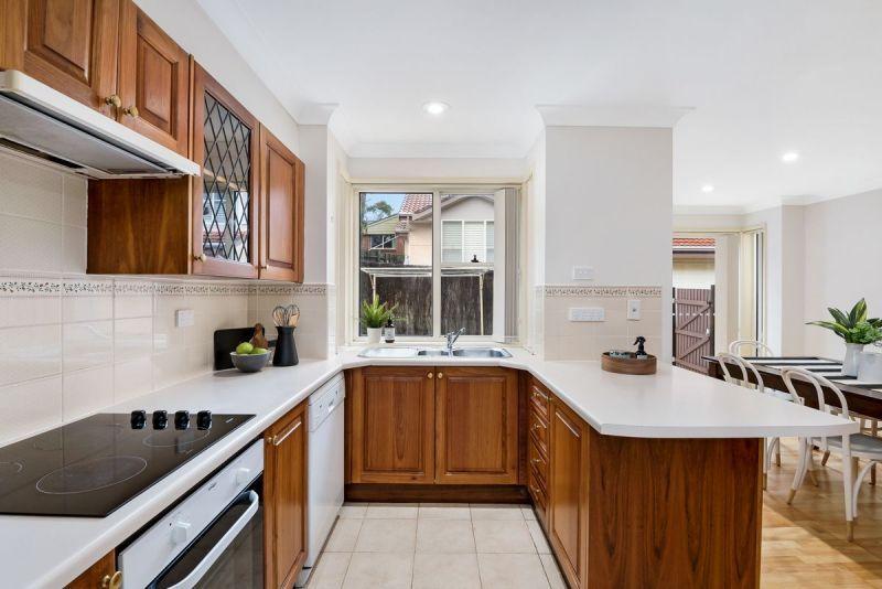 2/1A Winifred Avenue, Caringbah NSW 2229, Image 2