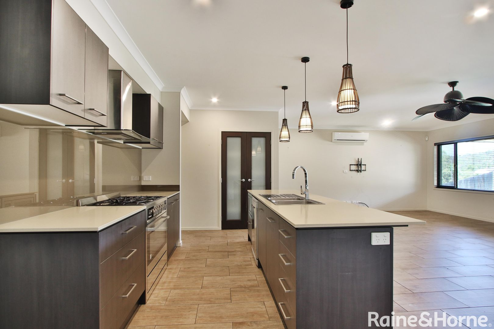 2 Conte Circuit, Augustine Heights QLD 4300, Image 0