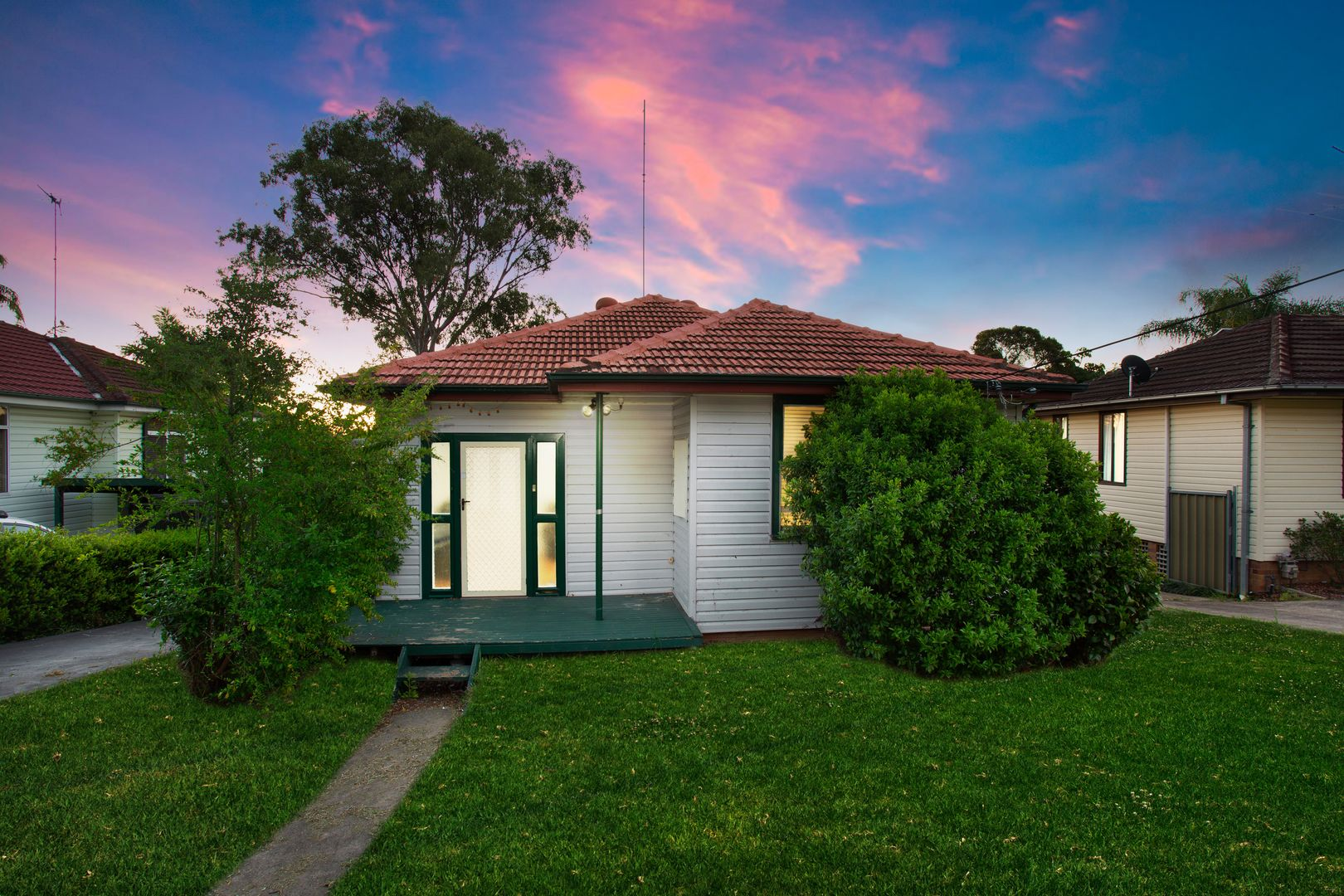 8 Fowler Street, Seven Hills NSW 2147, Image 0