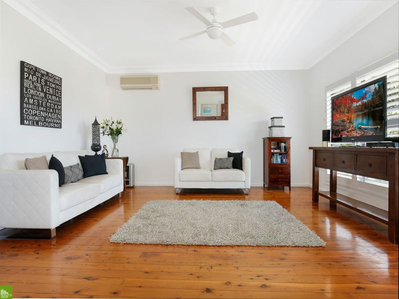 18 Immarna Avenue, West Wollongong NSW 2500, Image 1
