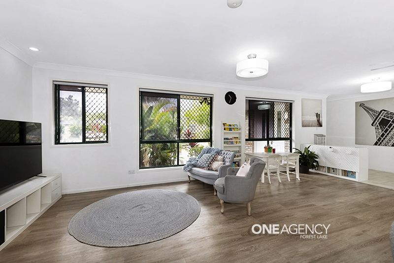 6 Allen Close, Forest Lake QLD 4078, Image 2