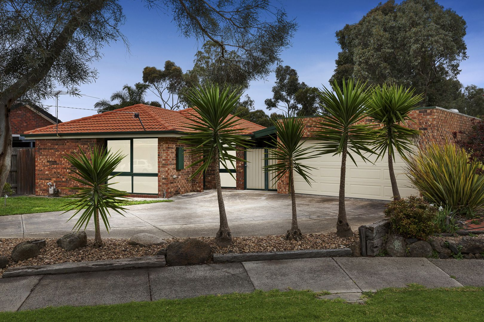 2 Greenglade Court, Epping VIC 3076, Image 0