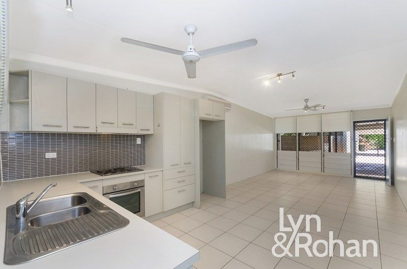 3/53 Princes Road, Hyde Park QLD 4812, Image 1