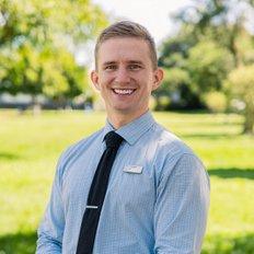 Simon Brigden, Sales representative