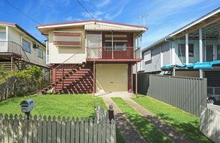Picture of 92 Longland Street, Redcliffe QLD 4020