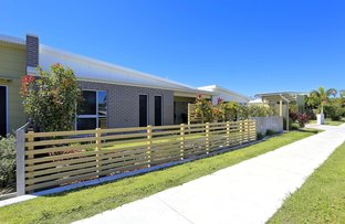 Unit 2/27 Holland St, Bargara QLD 4670