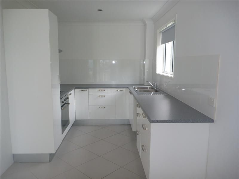 9/65 Old Burleigh Rd, Surfers Paradise QLD 4217, Image 2