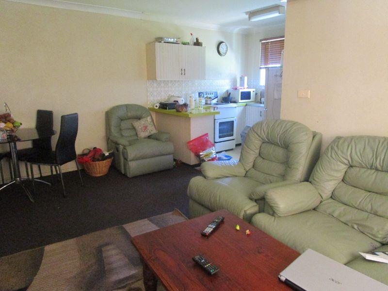 2/5 Fisher Road, Tamworth NSW 2340, Image 1