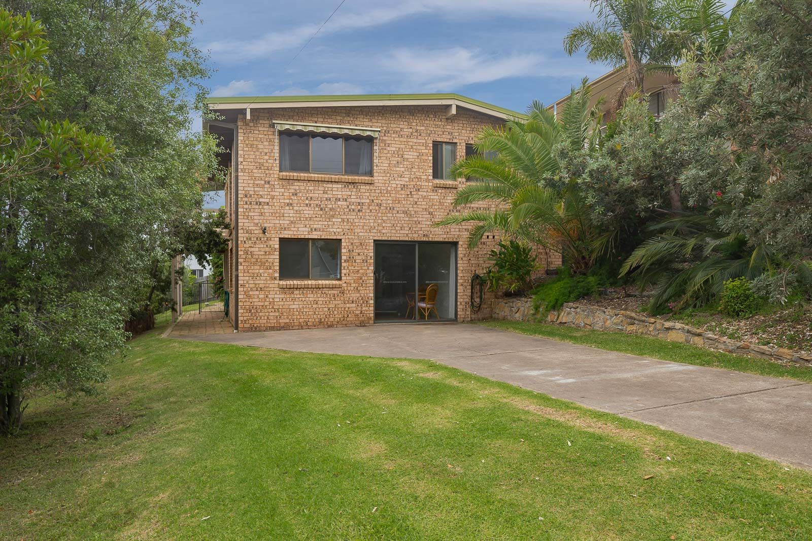 10 Waroo Crescent, Malua Bay NSW 2536, Image 2