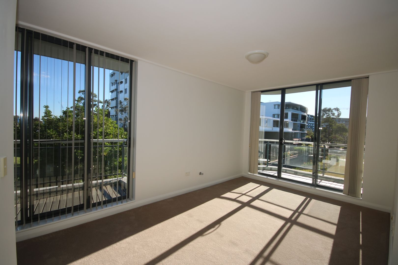 71/27 Bennelong Parkway, Wentworth Point NSW 2127, Image 0