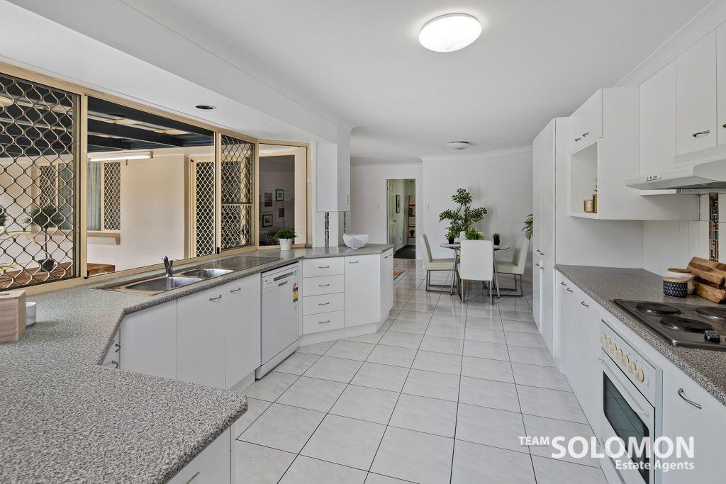 40 Redgrove Avenue, Wellington Point QLD 4160, Image 2