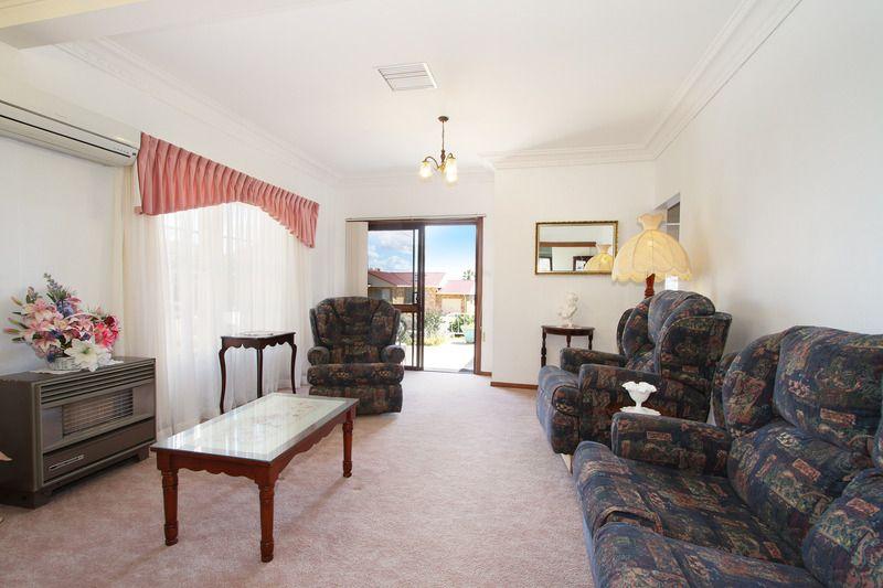 120 RAWSON AVENUE, Tamworth NSW 2340, Image 2