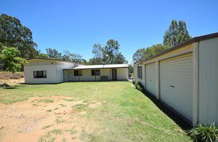 102 Pine Crescent, Esk QLD 4312