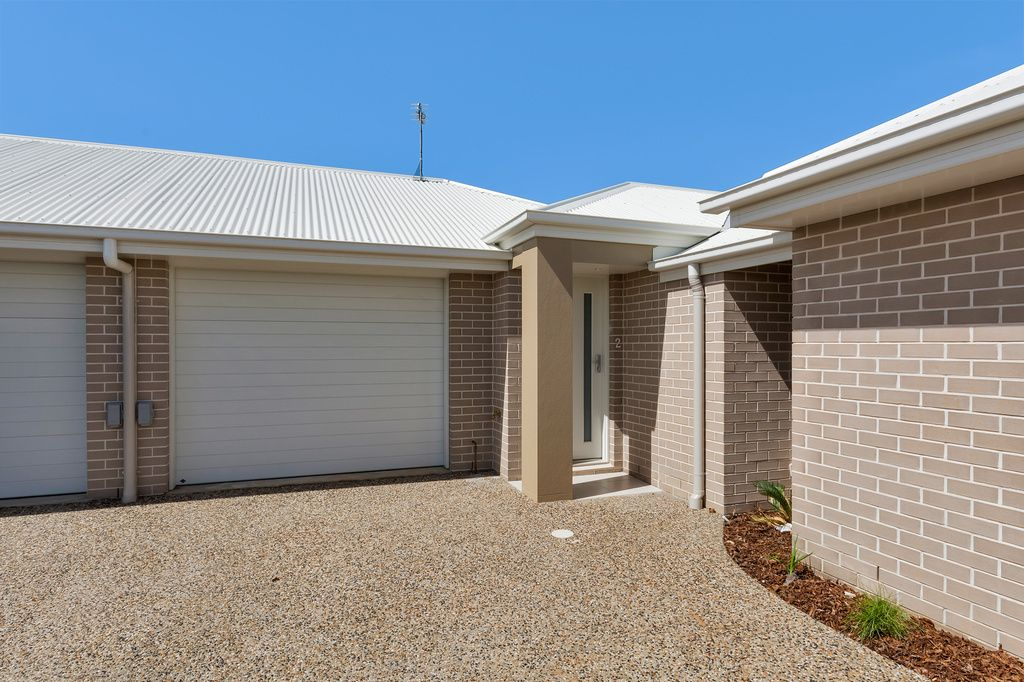 2/11 Furness Court, Kearneys Spring QLD 4350, Image 0