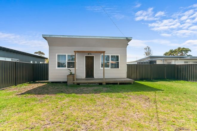 Picture of 5 Davies Street, SEASPRAY VIC 3851