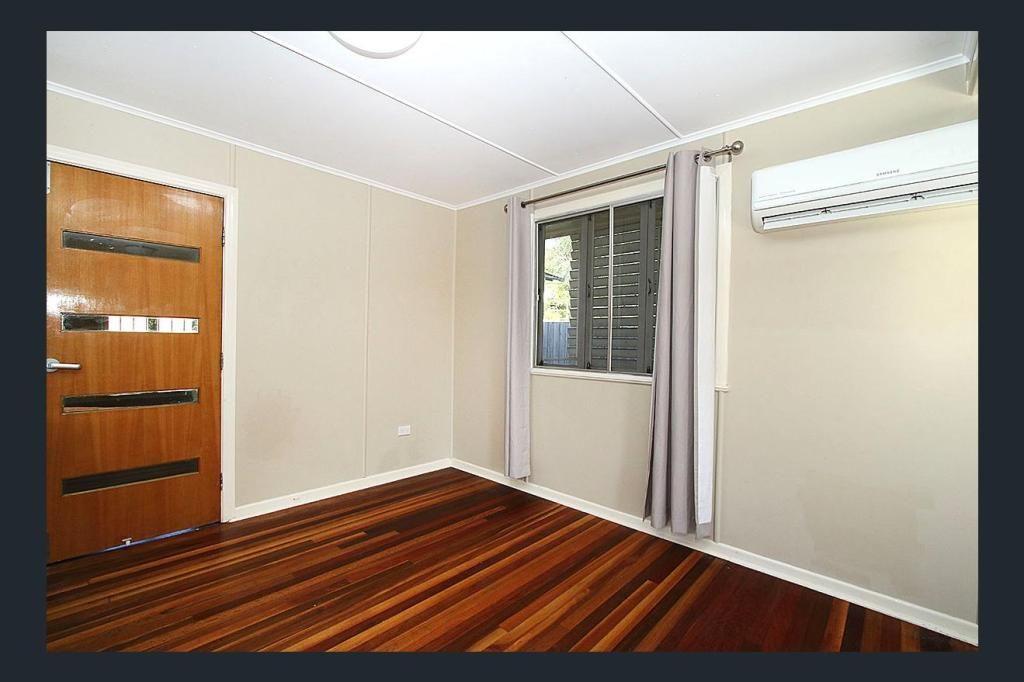 71 Simmons Road, North Ipswich QLD 4305, Image 2