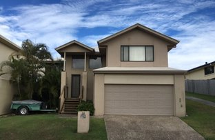 22 Woodward Lane, Pacific Pines QLD 4211