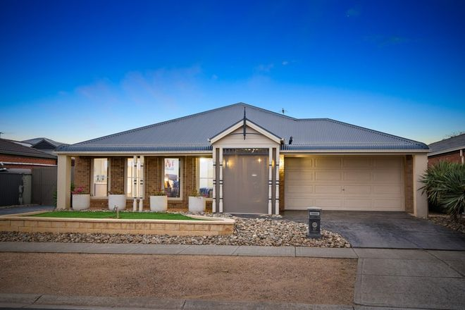 Picture of 27 Clarence Street, MANOR LAKES VIC 3024